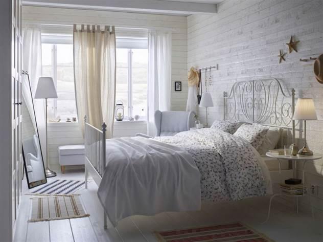 Белый цвет в дачном интерьере ( 19 фото )