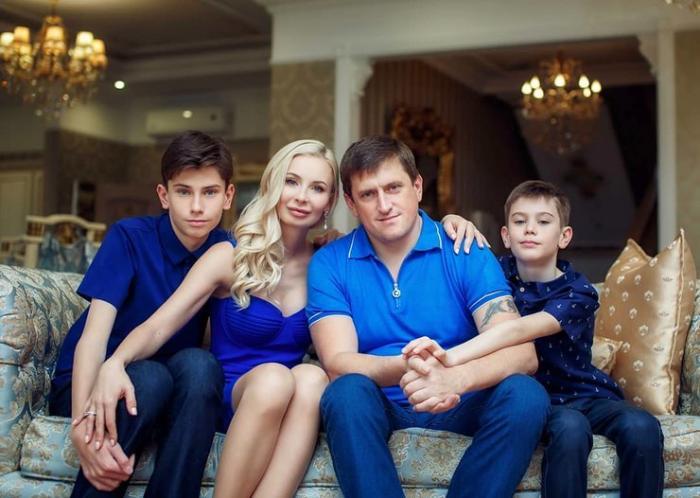 Что известно о «Миссис Россия – 2019» победа которой взорвала (5 фото)