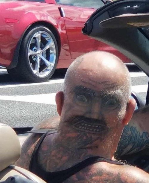 Татуировки, которые можно было не делать (21 фото)
