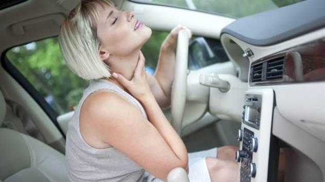 Почему нужно выключать кондиционер за пару-тройку минут до парковки: опыт бывалых ( 4 фото )