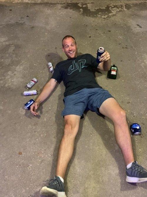 Люди, которые перебрали с алкоголем (20 фото)