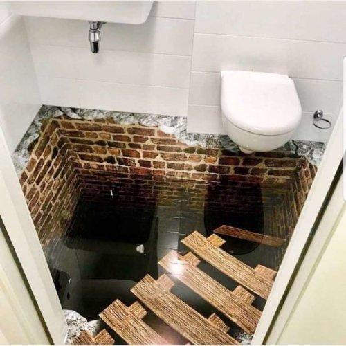 Туалеты, в которые страшно заходить (39 фото)