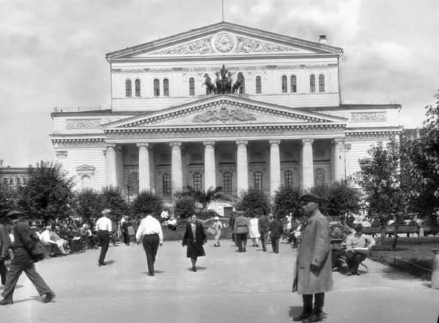 Когда Большой театр считался самым криминальным местом в Москве ( 1 фото )
