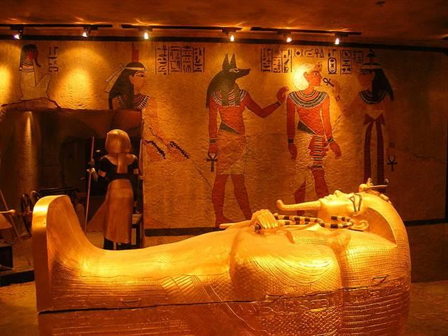 Тутанхамон: проклятие фараона ( 2 фото )
