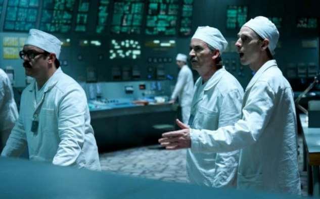 В Чернобыле для туристов открыт зал управления (8 фото)