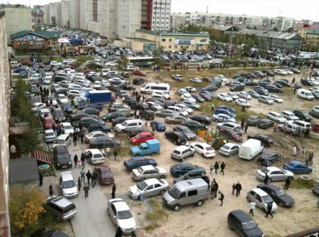 Интересная идея: проблема с парковкой во дворе