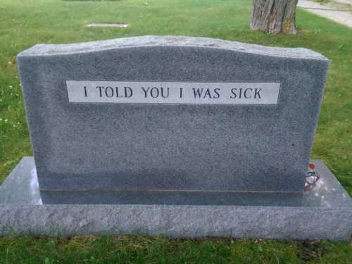 Смешные надгробия людей, чьё чувство юмора будет жить вечно (13 фото)