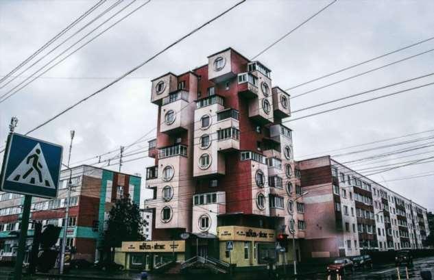 Как в советское время в белорусском городе появилась 9-этажка в виде тетриса: Дом-скворечник в Бобруйске