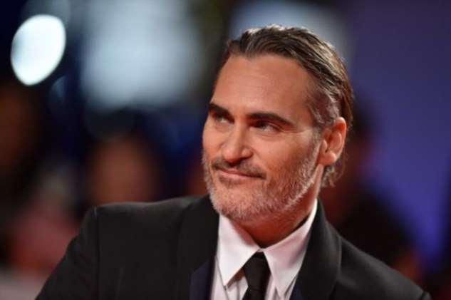 ТОП-10 самых популярные актёров 2019 года по версии IMDb (10 фото)