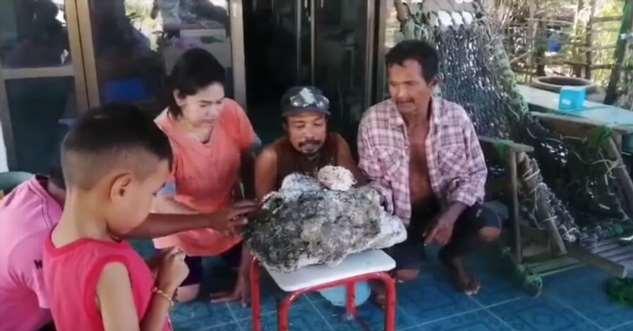 Мусорщик нашел на пляже «неожиданность» на 700 тысяч долларов