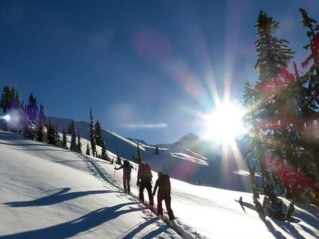15 правил безопасности в зимних горах от профессионалов