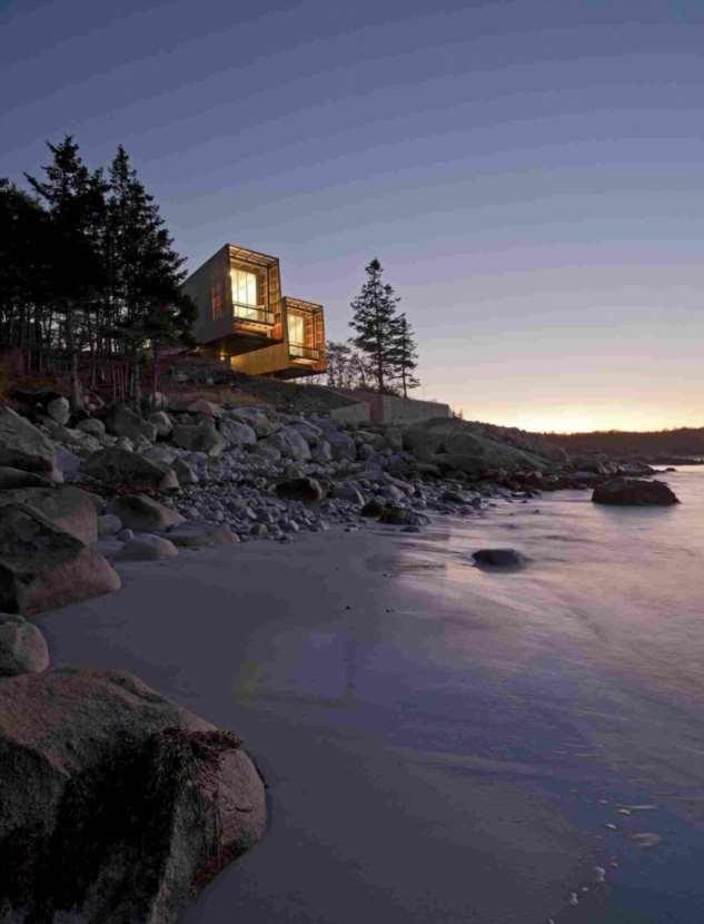 Дом для семьи на берегу океана в Канаде (24 фото)