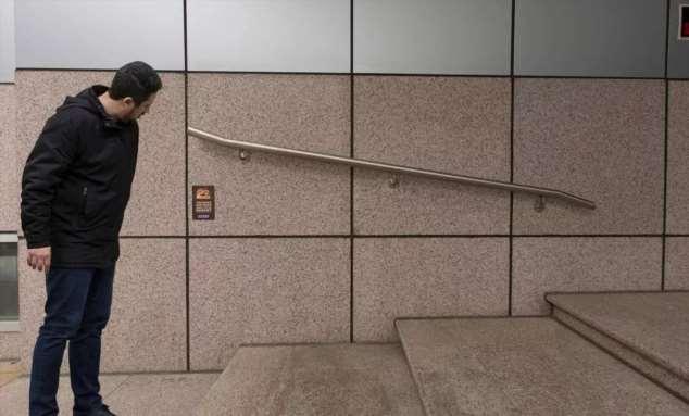 Нелепые ошибки строителей. Косяки строителей. Подборка zabavatut-bild-zabavatut-bild-51420819052020-11 картинка zabavatut-bild-51420819052020-11